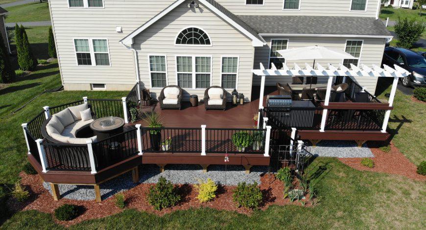 Azek, decks, vinyl decks, low maintenance decks, deck railings, deck